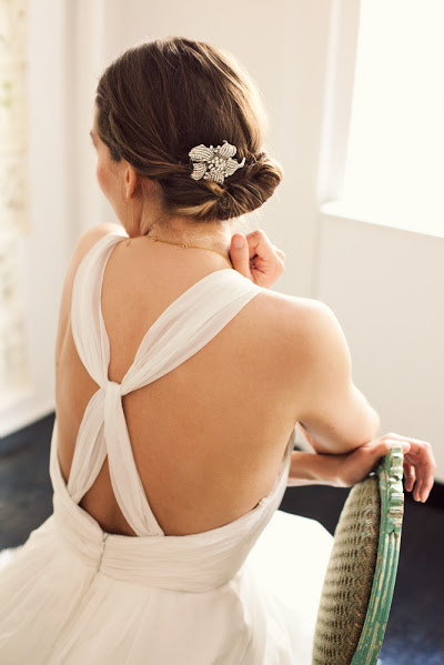 wedding-hair-tutorial-how-to-do-your-own-wedding-hair-cup-of-jo_2041