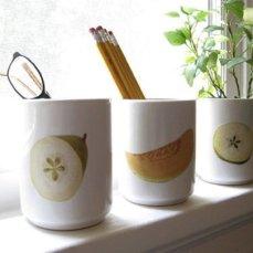 Tazas con frutas. Tutorial aquí: http://goo.gl/rM3XNS