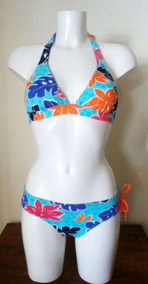 Bikini Banana Moon Azul Flores Grandes. Talla 40. Precio rebajas: 44,90€